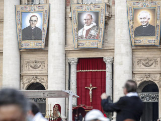 Pope Francis makes slain Salvadoran bishop Romero and Pope Paul VI saints