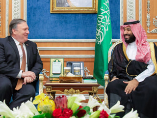 Pompeo meets Turkey's Erdogan, says Saudis 'promised accountability' over Khashoggi disappearance