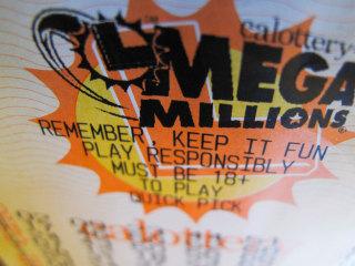 No winning Mega Millions ticket as jackpot climbs to $868 million
