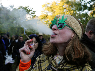Chronic pot use may have serious effects on the brain, experts say