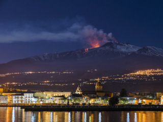 Mount Etna is sliding into the sea. History shows that could be catastrophic.