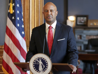 4 Indiana state officials, employees sue Attorney Gen. Curtis Hill, claiming sexual harassment