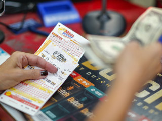 Mega Millions fast facts: What you need to know for the next jackpot drawing