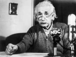 Letter reveals Einstein's fears of growing nationalism, anti-Semitism