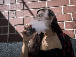 E-cigarette use is an 'epidemic,' FDA chief says