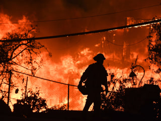 California fire-ravaged areas susceptible to looting given extra protection by police