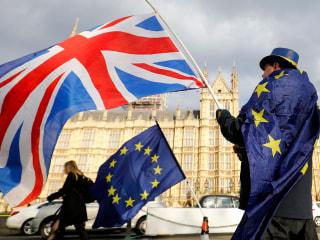 European Union and Britain reach tentative Brexit plan