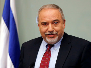 Israel Defense Minister Avigdor Lieberman resigns over Gaza truce
