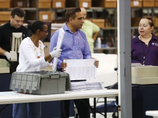 Palm Beach vote machines overheat, botching recount in Florida Senate race