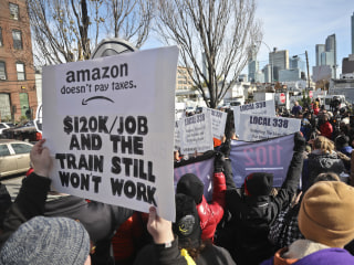 In a New York minute, Amazon's HQ plans thrown for a loop