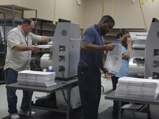 Judge calls Florida 'laughingstock of the world,' gives voters more time to fix ballots