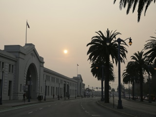 California schools close as smoke from Camp Fire fills the skies