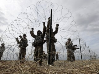 Pentagon extends troop deployment on southern border through September
