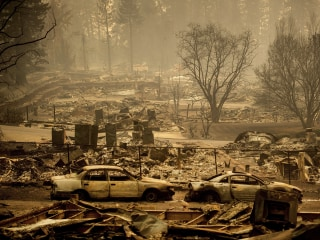 Wanted parolee shot dead by deputies near California Camp Fire evacuation zone