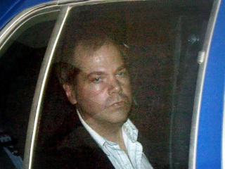 Judge rules would-be Reagan assassin John Hinckley can move out of his mother's house