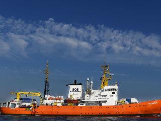 Italy orders seizure of Aquarius rescue ship