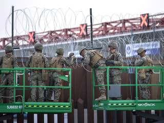 Mattis can now order lethal force at border, MPs training with riot gear