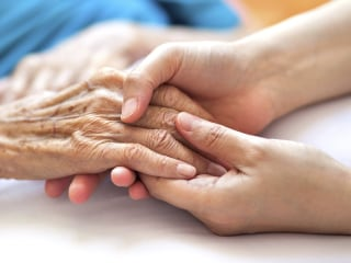 Seniors struggle to avoid Medicare enrollment pitfalls