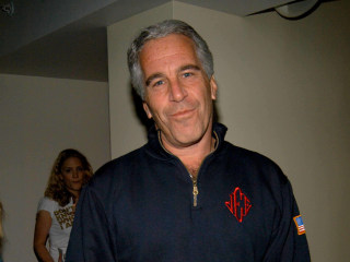 Jeffrey Epstein victims' lawyers push for ruling on nonprosecution deal