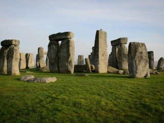 Stonehenge was built by descendants of Neolithic migrants, DNA study shows