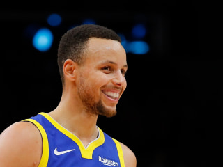 Steph Curry shoes now also made for girls as NBA star keeps his promise to young fan