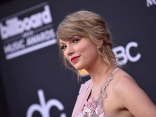 Netflix's newest high-profile partner: Taylor Swift