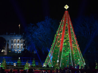 White House arranges tours of Christmas decor for press, but nixes traditional party