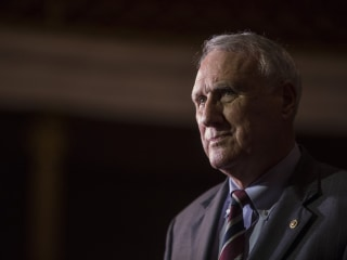 Arizona Sen. Jon Kyl, who replaced John McCain, to resign at end of year