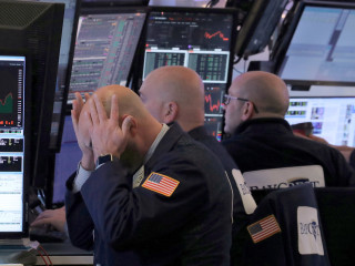 Wall Street swoons as government shutdown deadline looms