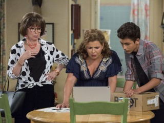 Love Netflix's 'One Day at a Time?' Here's a peek at Season 3