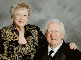 Newspaper apologizes to family for not publishing mother's anti-Trump obit