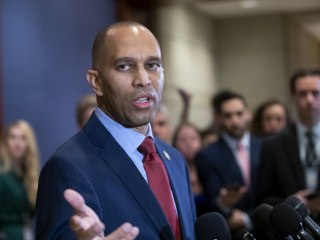Trump is 'Grand Wizard of 1600 Pennsylvania Avenue,' Hakeem Jeffries says on MLK Day