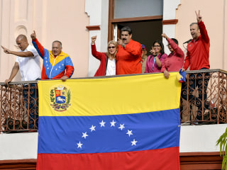 Venezuela's Maduro cuts off U.S. relations after Trump backs opposition leader Juan Guaidó