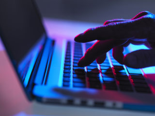 Cybersecurity expert gives tips on how to stay safe online