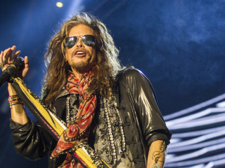 Aerosmith's Steven Tyler opens home in Tennessee for abused girls