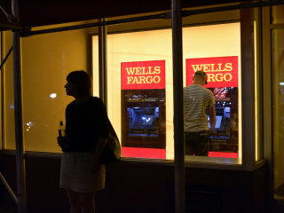 Wells Fargo outage leads to payday panic for some customers