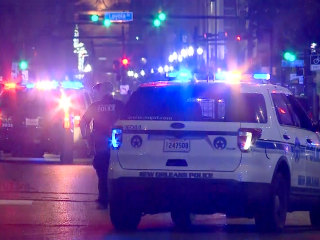 Five bystanders shot during police shootout with armed suspect