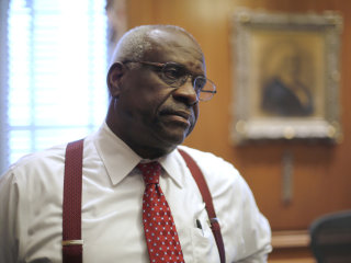 Justice Clarence Thomas criticizes landmark Supreme Court press freedom ruling