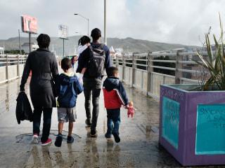 Deported parents demand the return of their children in U.S. custody