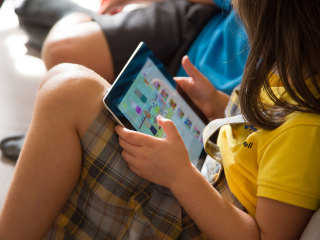 U.N. recommends no screen time for babies; only 1 hour for kids under 5