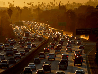 To curb traffic, cities explore implementing congestion pricing during peak hours