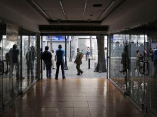 Massive Venezuela power outage raises tensions amid crisis