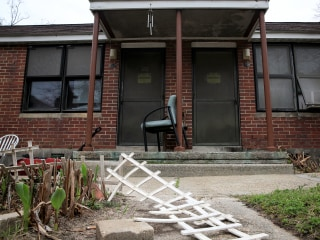 HUD moves to require carbon monoxide detectors in public housing after deaths