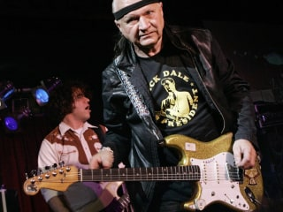 Dick Dale, the king of surf guitar, dies at 81