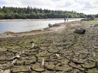 Climate change threatens U.K. with fresh water shortage within 25 years