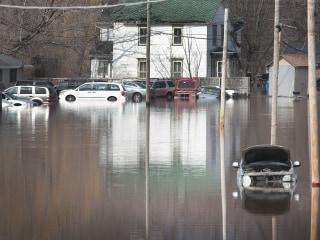 Photos: Devastating floods leave Midwest under water