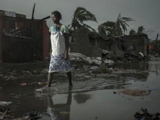 Mozambique, Zimbabwe mourn after destructive Cyclone Idai