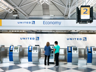 United Airlines now offers nonbinary gender options for travelers booking flights