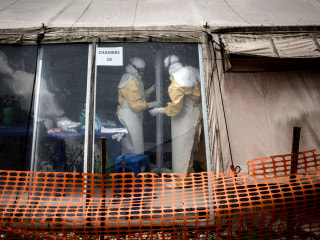 Congo Ebola epidemic exceeds 1,000 cases, according to Health Ministry