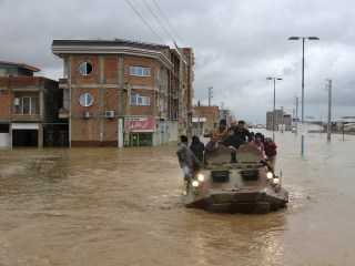 Floods kill at least 18 in southern Iran, nearly 100 wounded